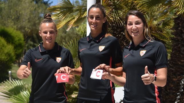 Raquel Pinel, Maite Albarrán y Aldana Cometti son las nuevas capitanas Del Sevilla FC Femenino (Foto: SFC)