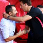 Lopetegui saluda a Diego Martínez (foto: AFP)