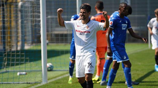 Nolito celebra uno de sus goles al Hoffenheim (Foto: Sevilla FC)