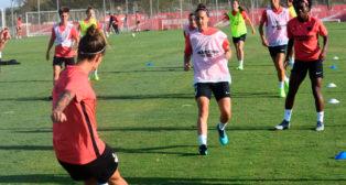 Entrenamiento de las chicas del Sevilla FC (Foto: SFC)