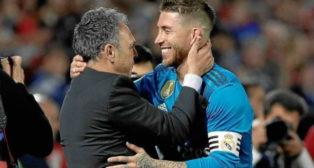Caparrós se abraza con Ramos