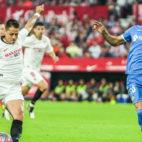 Chicharito en el partido ante el Getafe. Foto: Sevilla FC