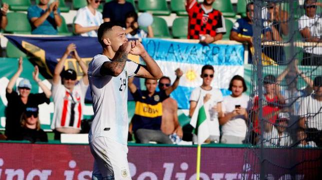 Ocampos celebra su gol ante Ecuador