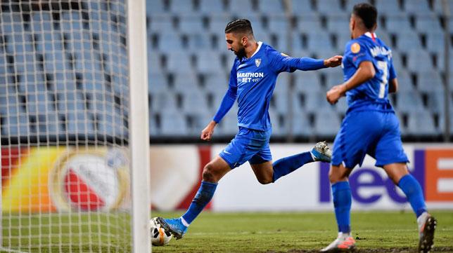 Dabbur anota el 0-1 en el Dudelange-Sevilla (AFP)