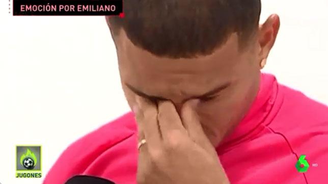 Diego Carlos se emociona recordando a Emiliano Sala en una entrevista con La Sexta.