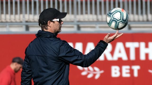 Julen Lopetegui, en el último entrenamiento del Sevilla FC antes de enfrentarse al Valladolid (Foto: Juan José Úbeda)