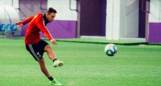 Óscar Plano, durante el entrenamiento del Valladolid (Foto: REAL VALLADOLID)