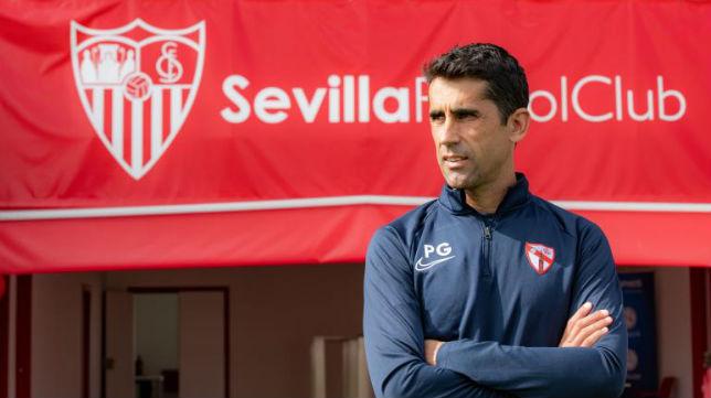 Paco Gallardo, entrenador del Sevilla Atlético, en el estadio Jesús Navas (Foto: Cristina Gómez)