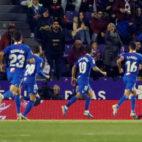 Banega celebrando el tanto del Sevilla FC ante el Real Valladolid
