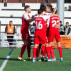 Los jugadores del Sevilla celebran uno de los goles del partido ante el Escobedo (EFE)