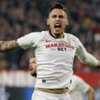 Ocampos celebra el 1-1 en el Sevilla-Athletic (Manu Gómez)