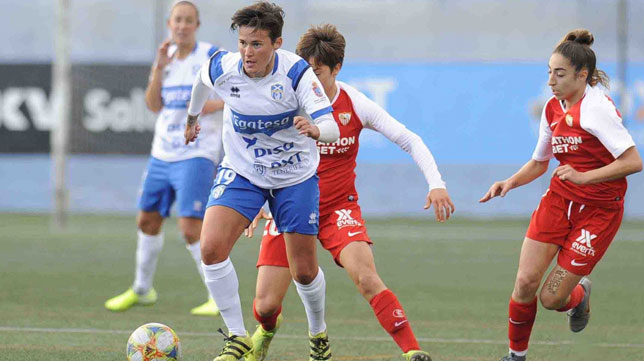 Lance del encuentro entre el UDG Tenerife y el Sevilla Femenino (SFC)