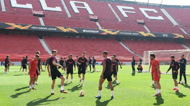 Último entrenamiento del Sevilla antes del choque ante la Roma en el Sánchez-Pizjuán (Foto: Sevilla FC)