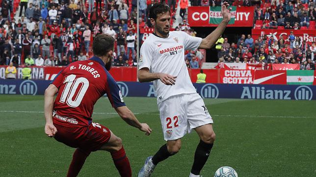 Franco Vázquez, en un lance del Sevilla-Osasuna (Raúl Doblado)