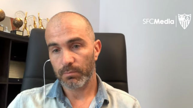 Maresca, durante la entrevista con los medios oficiales del Sevilla FC