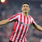El delantero del Athletic, Aritz Aduriz, anunció su retirada del fútbol