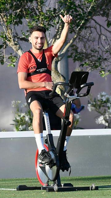Munir se ejercita en solitario en la ciudad deportiva del Sevilla FC (SFC)