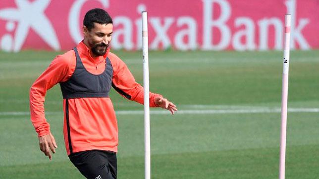 Jesús Navas se ejercita en la ciudad deportiva del Sevilla FC (SFC)