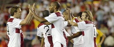 El equipo sevillista celebra la victoria