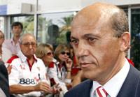 Sevilla FC: Del Nido recordó a Puerta antes de volar hacia Londres