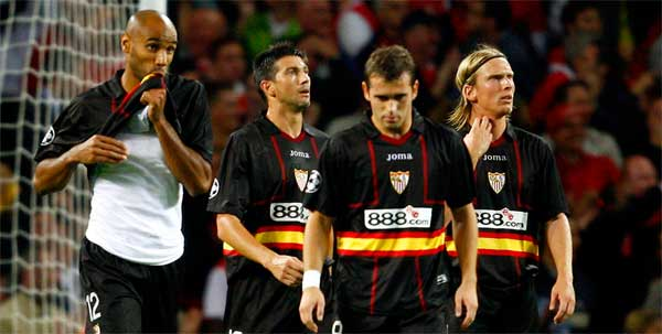 Sevilla FC: Tristeza en algunos jugadores en el 3-0 de Londres