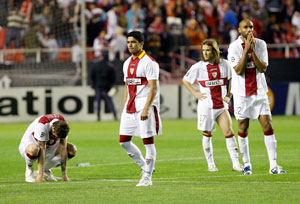 Sevilla FC: Los jugadores sevillistas aparecen desolados tras caer eliminados el martes