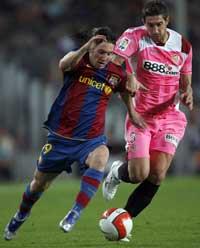 Sevilla FC: Drago persigue al gran protagonista del partido, Leo Messi