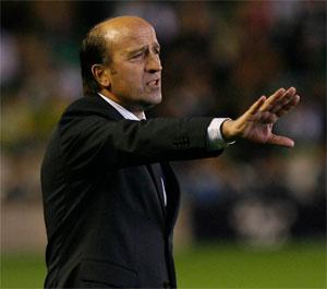 Lotina considera que el Sevilla FC tiene un gran equipo juegue quien juegue