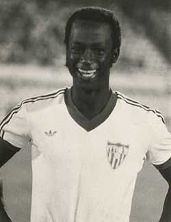 Sevilla FC: Biri-Biri. nuevo director deportivo de la selección de fútbol de su país