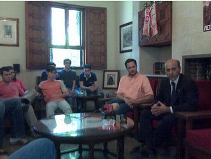 Sevilla FC: Del Nido en una charla en el colegio mayor Guadaíra