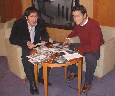 Sevilla FC: Zamorano junto a Roberto Arrocha en un momento de la entrevista