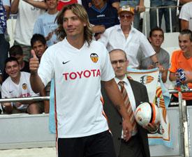 Sevilla FC: El defensa malacitano del Valencia, Alexis Ruano