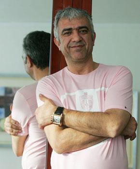 Sevilla FC: El agente de futbolistas, Bayram Tutumlu