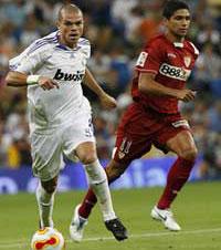 Sevilla FC: Pepe, junto a Renato en la vuelta de la Supercopa de España