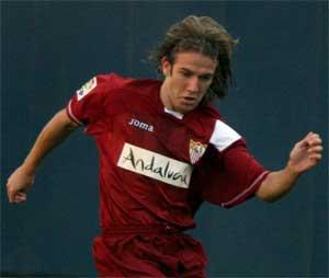 Sevilla FC: Diego Capel no se pone límites en Champions