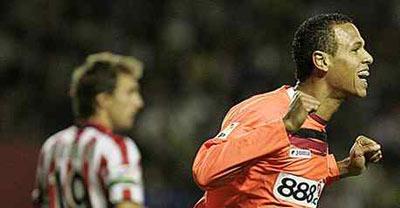 Sevilla FC: Luis Fabiano, bigoleador el año pasado en San Mamés, no podrá jugar hoy