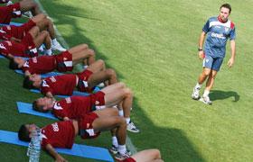 Sevilla FC: Orellana dirige una sesión física