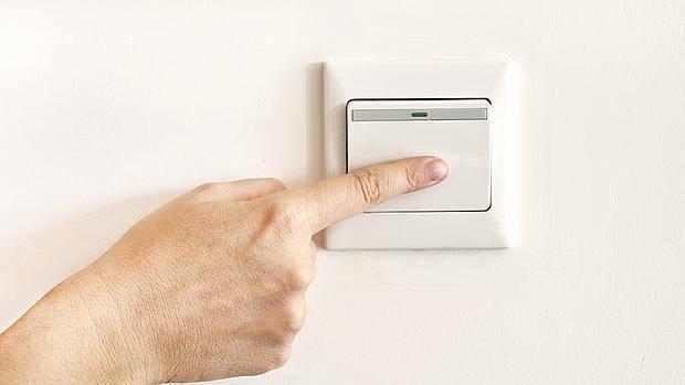 Los trucos de los espa oles para ahorrar en electricidad - Trucos ahorrar luz ...