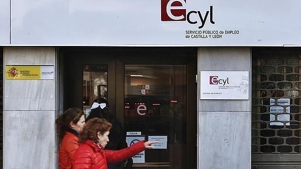 El n mero de parados sube en personas pero los afiliados aumentan en en febrero - Oficina empleo granada ...