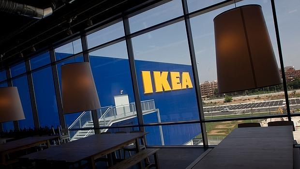 Ikea vende en espa a tantas estanter as como para llenar for Sala hollywood malaga