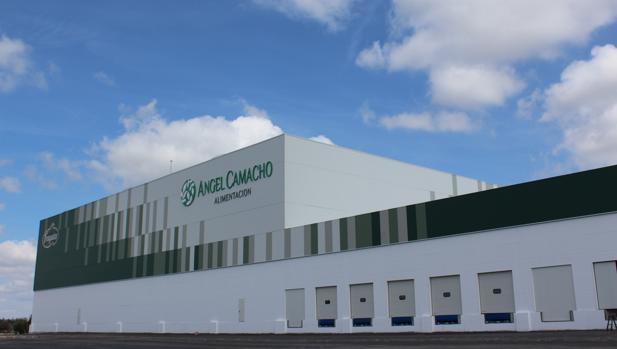 Nuevo almacén logístico de Ángel Camacho Alimentación en Morón de la Frontera