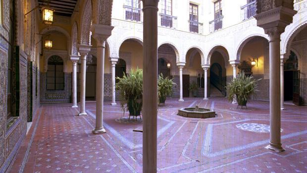 Patio del palacio de los Condes de Ybarra