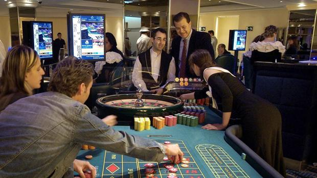 Nuevo casino seville 3ds game card slot broken