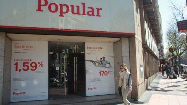 Accionistas del sabadell y popular a espaldas de sus for Oficinas banco popular malaga