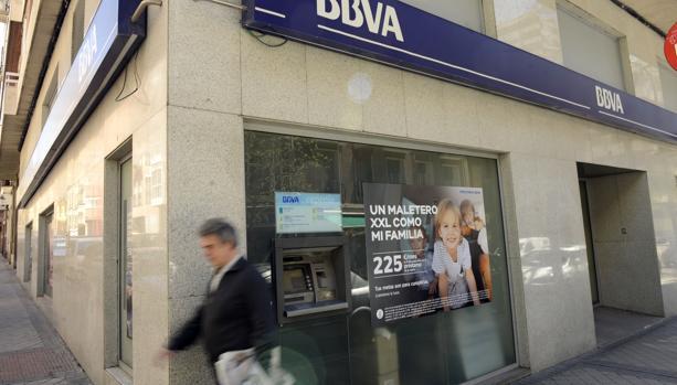 Bbva cerrar 132 oficinas m s en espa a en febrero for Sucursales banco espana