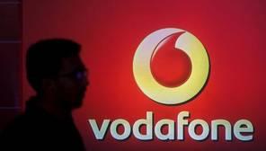 Vodafone negocia la fusión de su filial en la India con la operadora local Idea Cellular