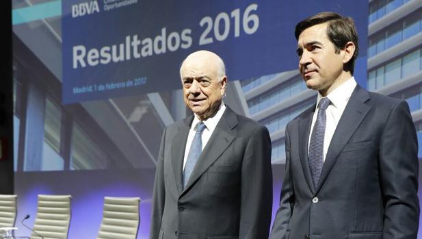 Bbva gana millones en 2016 un 31 5 m s y recupera for Oficinas bbva almeria