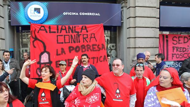 El fraude el ctrico en catalu a aument m s del doble en for Oficinas de endesa en malaga