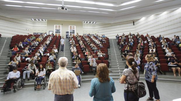 Oposiciones para auxiliar administrativo en Rabanales (Córdoba)