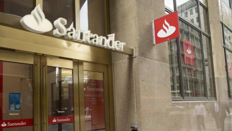 Santander cubre su ampliaci n de capital con una demanda for Oficinas santander granada
